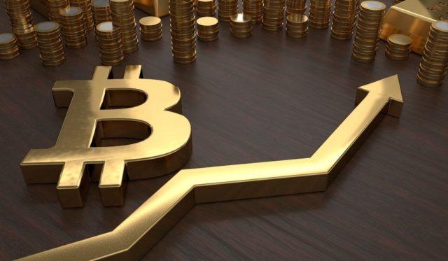 KryptoMoney.com-Bitcoin-price-64000-Fundstrat-Tom-Lee